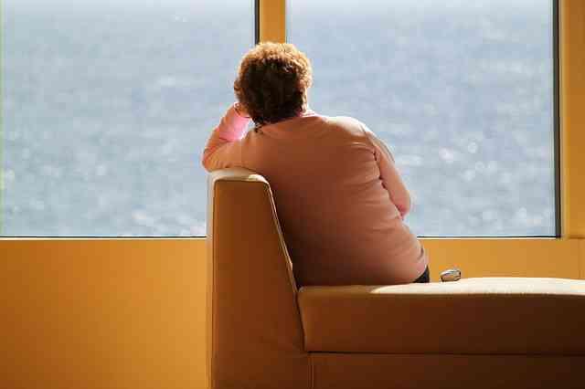 الآثار الجانبية للعزلة