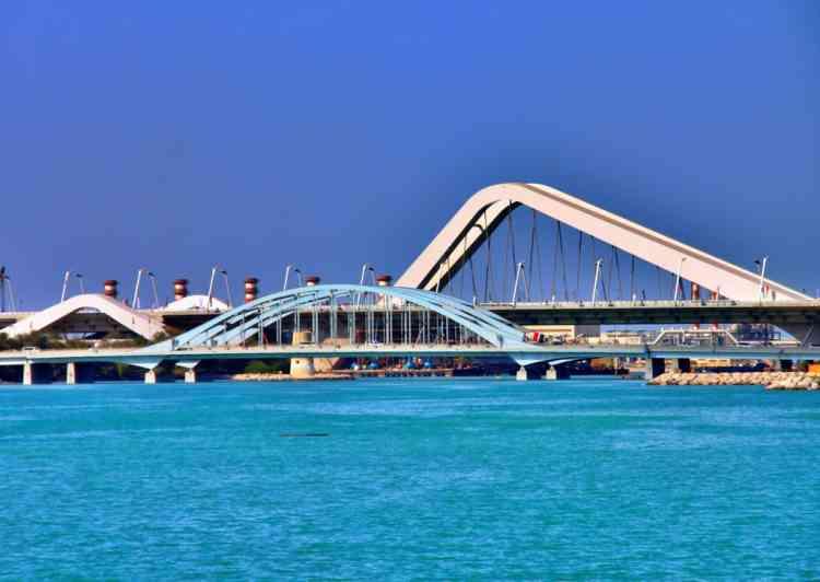 جسر الشيخ زايد- الإمارات العربية المتحدة