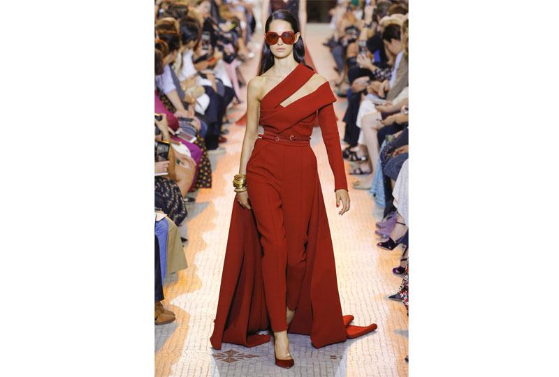 فساتين خطوبة بالجمبسوت من عرض أزياء إيلي صعب هوت كوتور 2019
