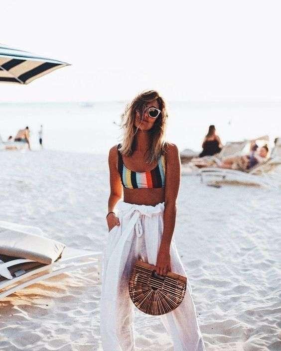 ملابس البحر بنطلون أبيض بحزام