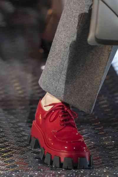 أحذية شتاء 2020 بلاتفورم
