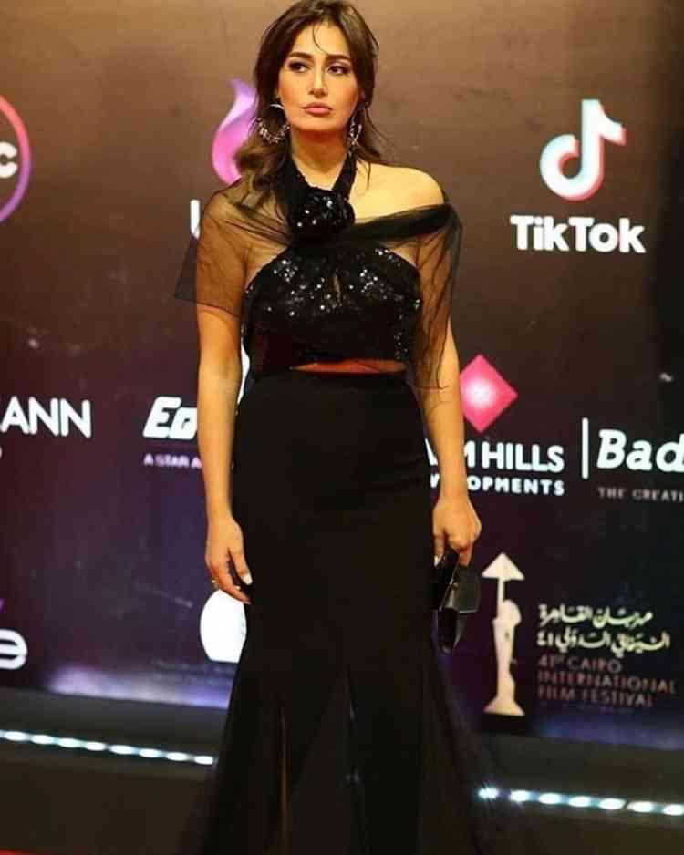 فستان حلا شيحا في مهرجان القاهرة السينمائي 2019