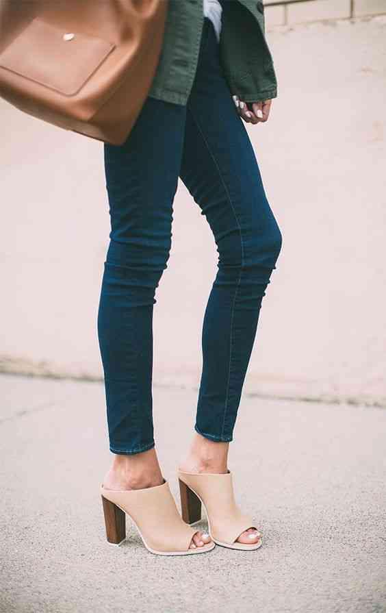 أحذية الكعب العالي الميول