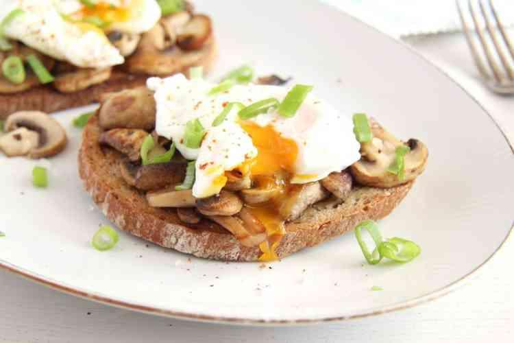 أكلات دايت طريقة عمل البيض بالمشروم