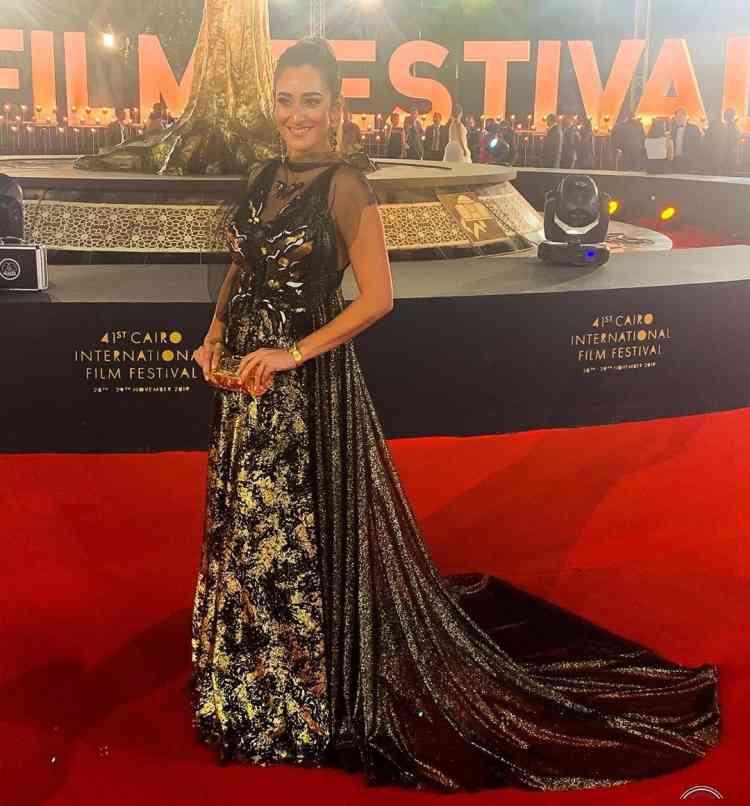 فستان أمينة خليل في مهرجان القاهرة السينمائي 2019