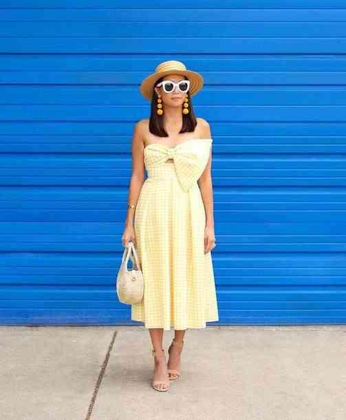 الأصفر الكريمي في الملابس