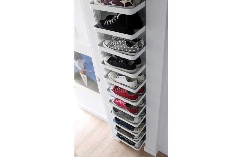 أفكار لترتيب البيت بالرفوف لتنظيم الأحذية