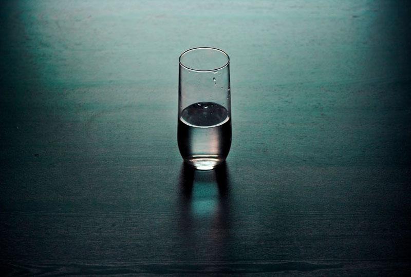 الماء للبشرة