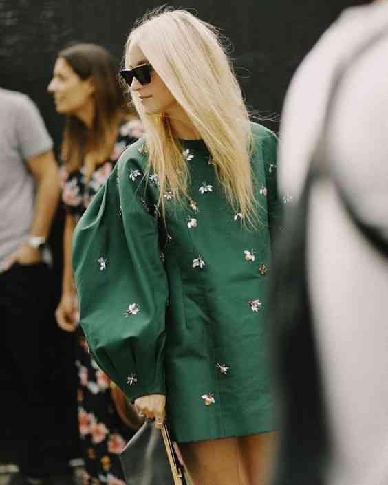موضة صيف 2020 فستان أخضر بأكمام كبيرة