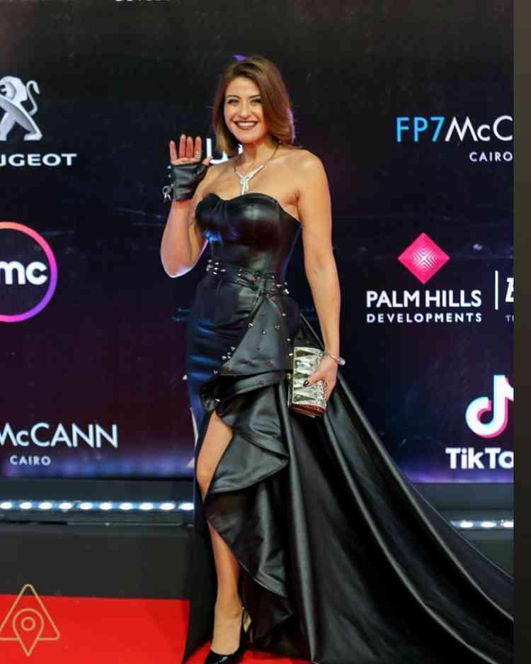 فستان هيدي كرم في مهرجان القاهرة السينمائي 2019
