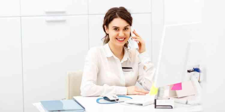أعلى وظائف أجرا للنساء في 2020 مديرة خدمات طبية