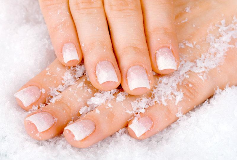 علاج اصفرار الأظافر البيكنج صودا