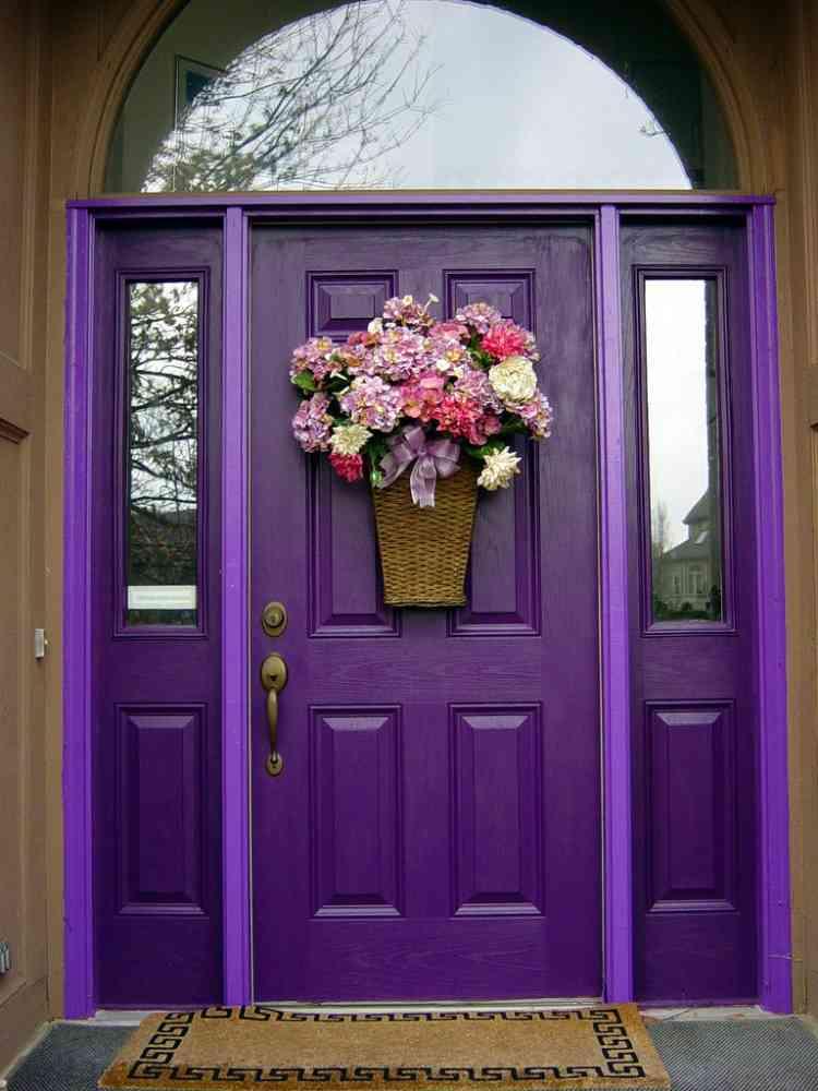 ألوان دهانات خشب الأبواب