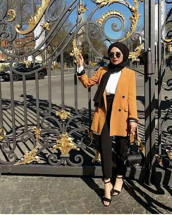 أزياء محجبات تركية بليزر أصفر