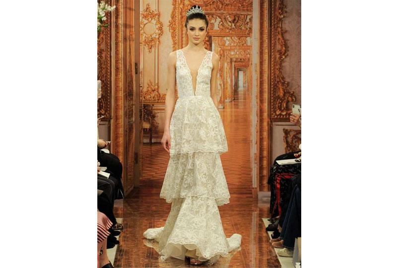 صيحة الطبقات لفساتين الزفاف