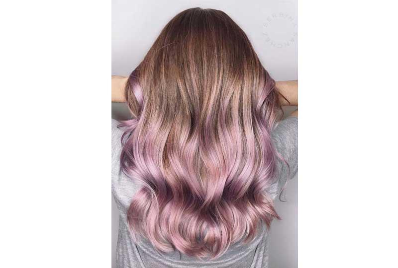 ألوان صبغات الشعر أطراف الشعر باللون البنفسجي