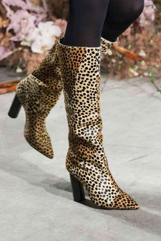 أحذية شتاء 2020 حذاء بوت طويل مطبوع بجلد النمر