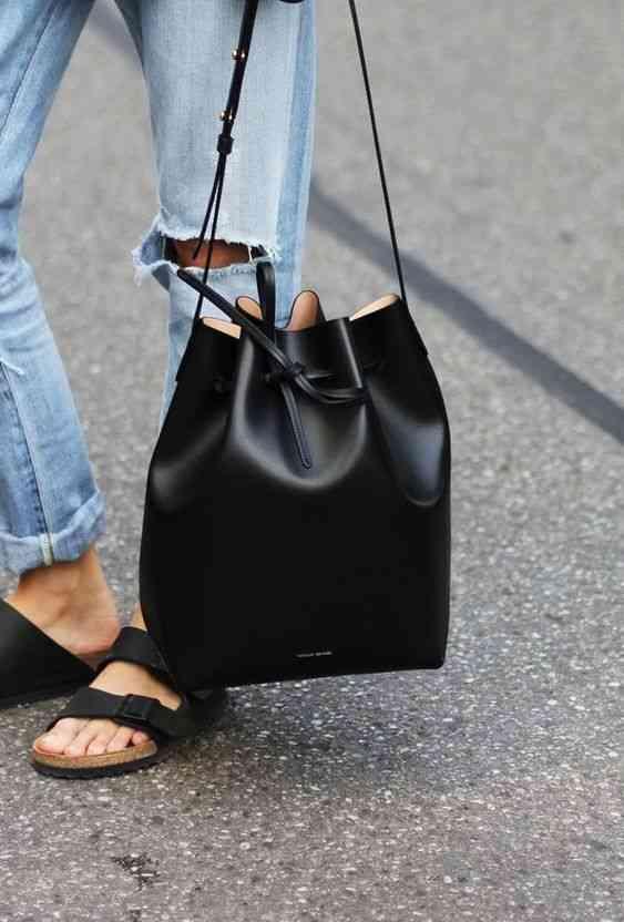 موضة صيف 2020 حقيبة سوداء باكيت