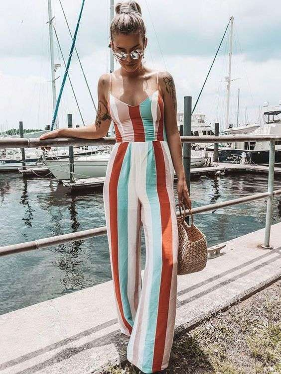 ملابس البحر جمبسوت مخطط بالطول ملون
