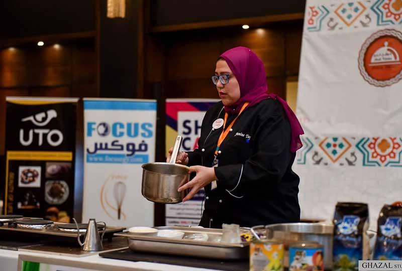 ياسمين طايع تحترف الطبخ