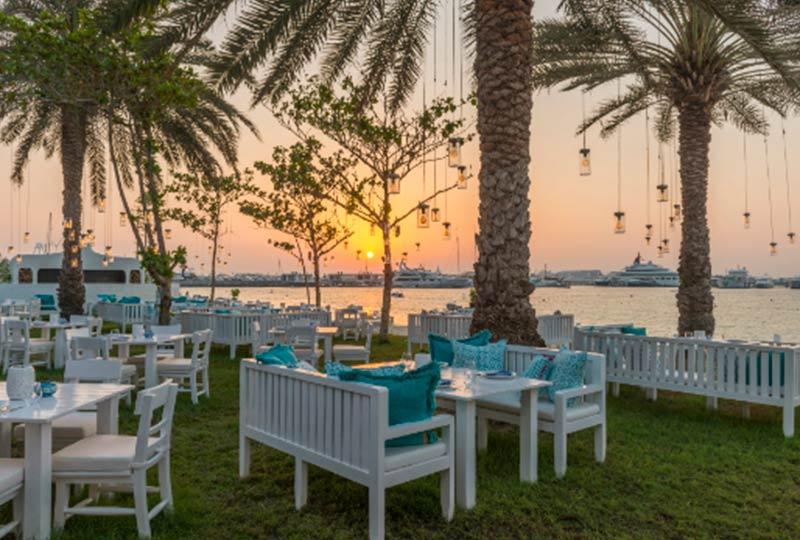 مطاعم دبي على الشاطئ
