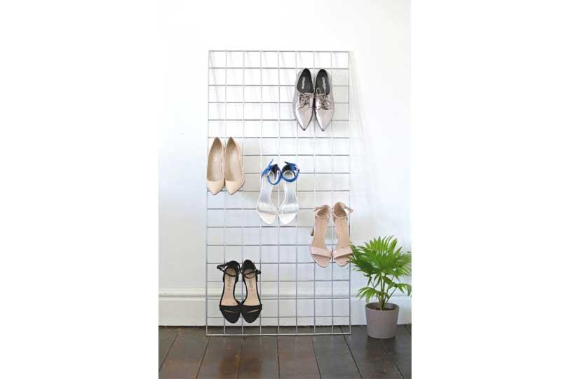 أفكار لترتيب البيت حامل للأحذية على الحائط