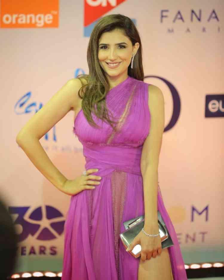 فستان مي عمر من زهير مراد