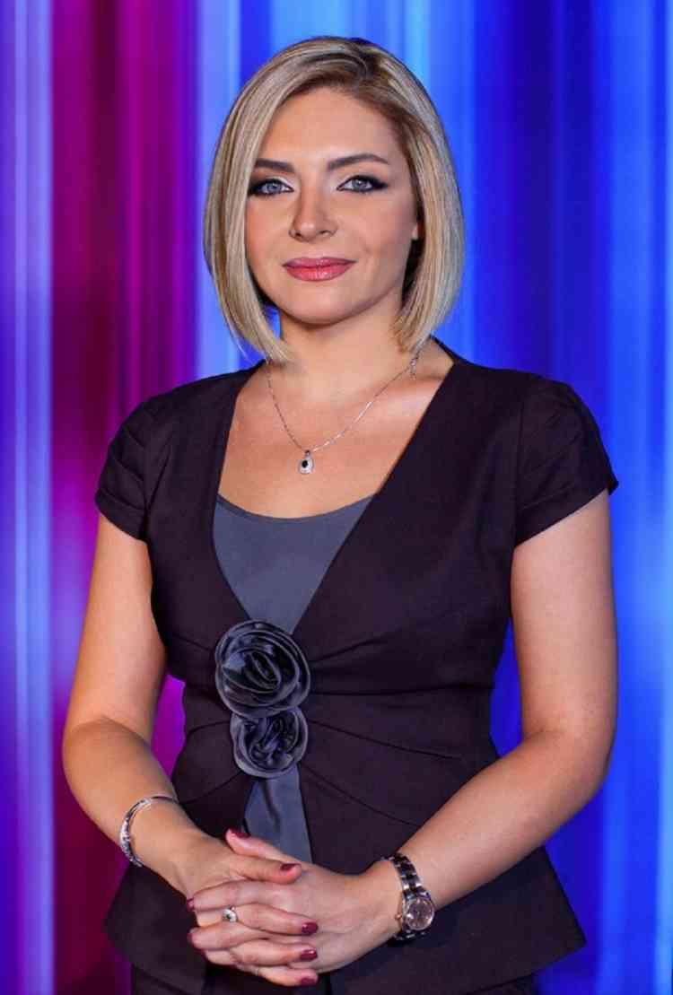 الإعلامية زينة يازجي