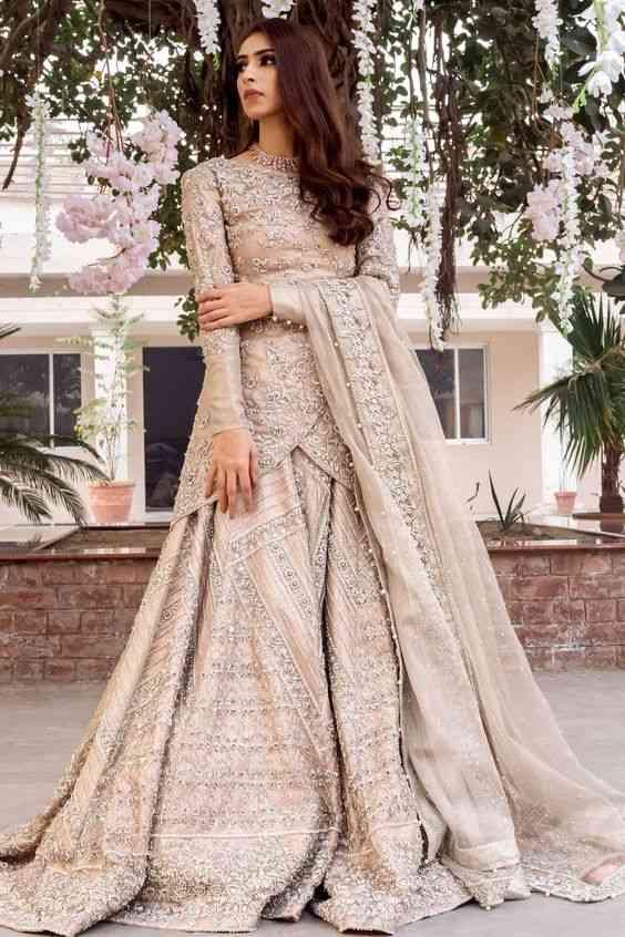 فساتين هندية للأعراس