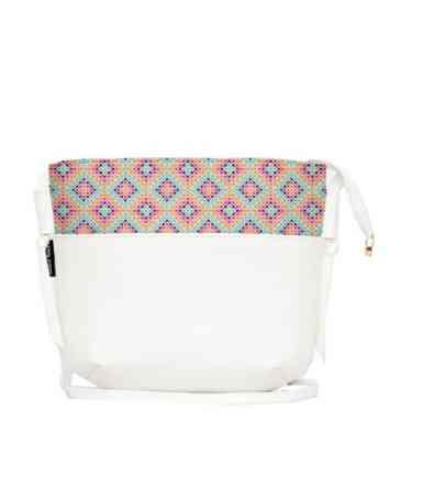 حقيبة كروس جلدية بيضاء