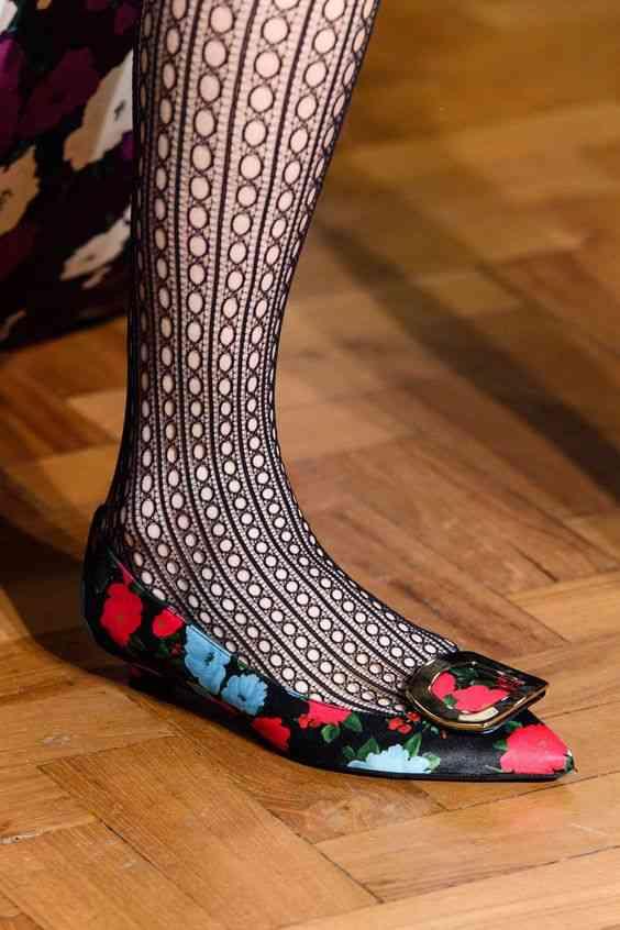 أحذية شتاء 2020 حذاء باليرينا بالورود