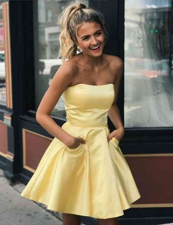 أنواع الفساتين فستان قصير بدون أكتاف