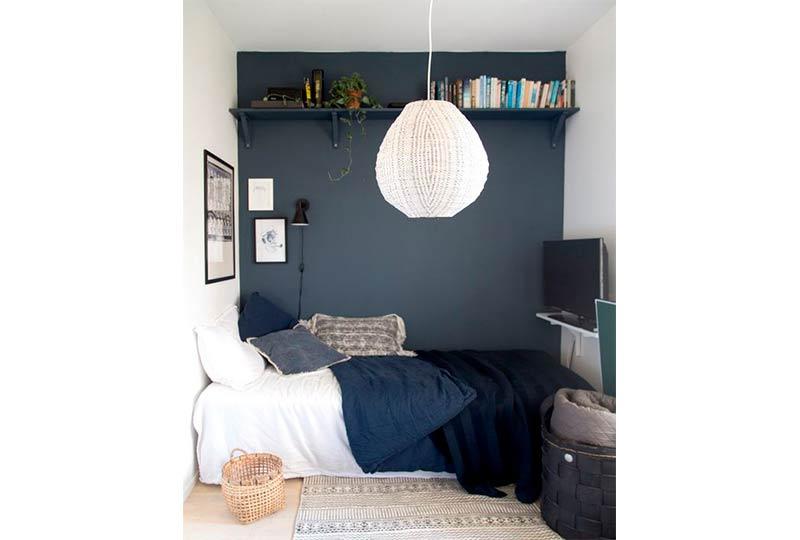 اللون الكحلي في غرف النوم