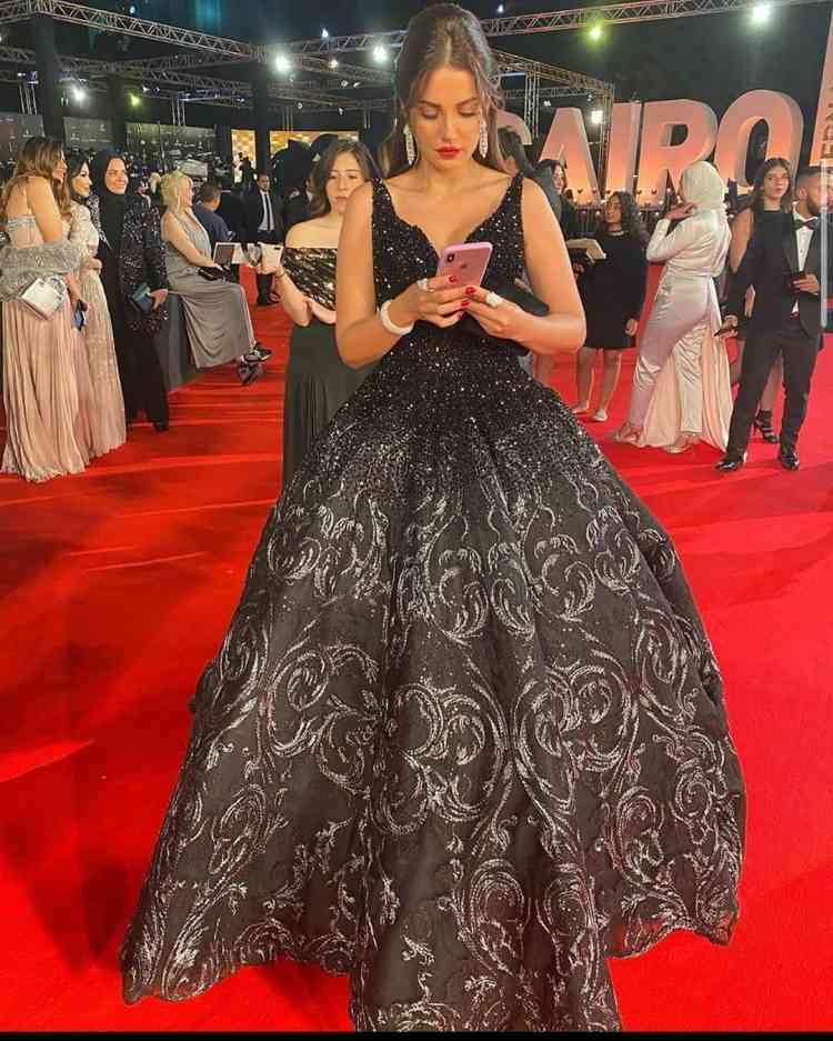 فستان درة في مهرجان القاهرة السينمائي 2019