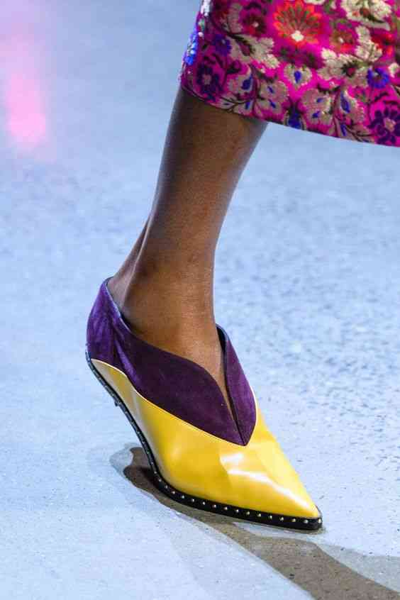أحذية شتاء 2020 حذاء ملون بفتحة V