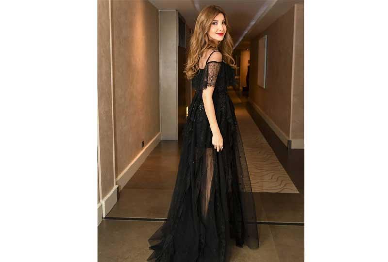 فستان نانسي عجرم