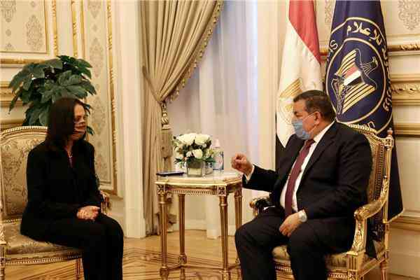 لقاء مايا مرسي وأسامة هيكل
