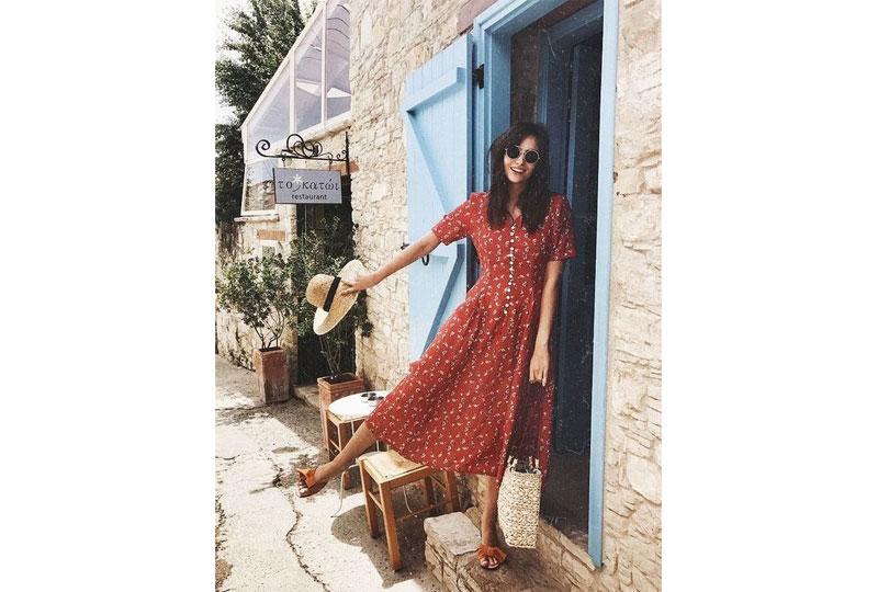 الفستان الصيفي من قطع الملابس الأساسية