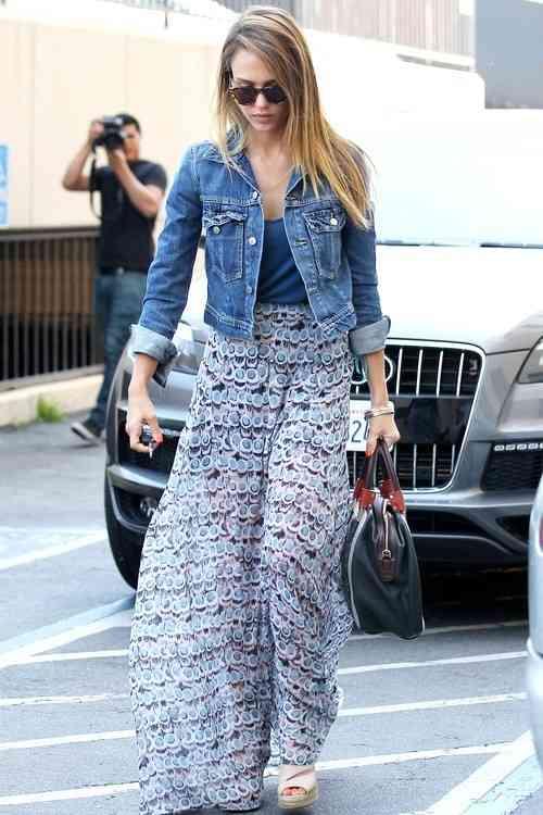 جاكت جينز قصير