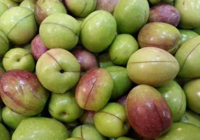 طريقة عم الزيتون التفاحي